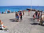 Wachtend op de boot die ons van Agia Roumeli naar Sfakia zal brengen | Chania Kreta | Griekenland - Foto van De Griekse Gids